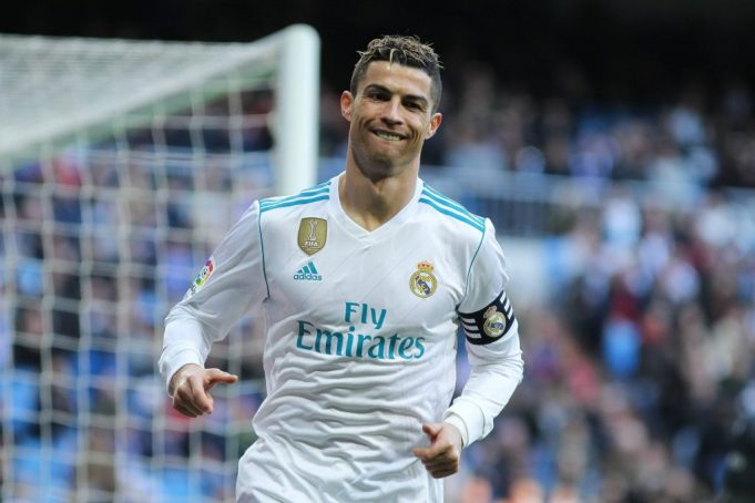 Top 7 Players Who Played For Real Madrid And Manchester United