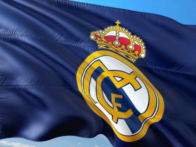 Ex Real Madrid Defender Hernandez Is Glad To Have Left Bernabeu